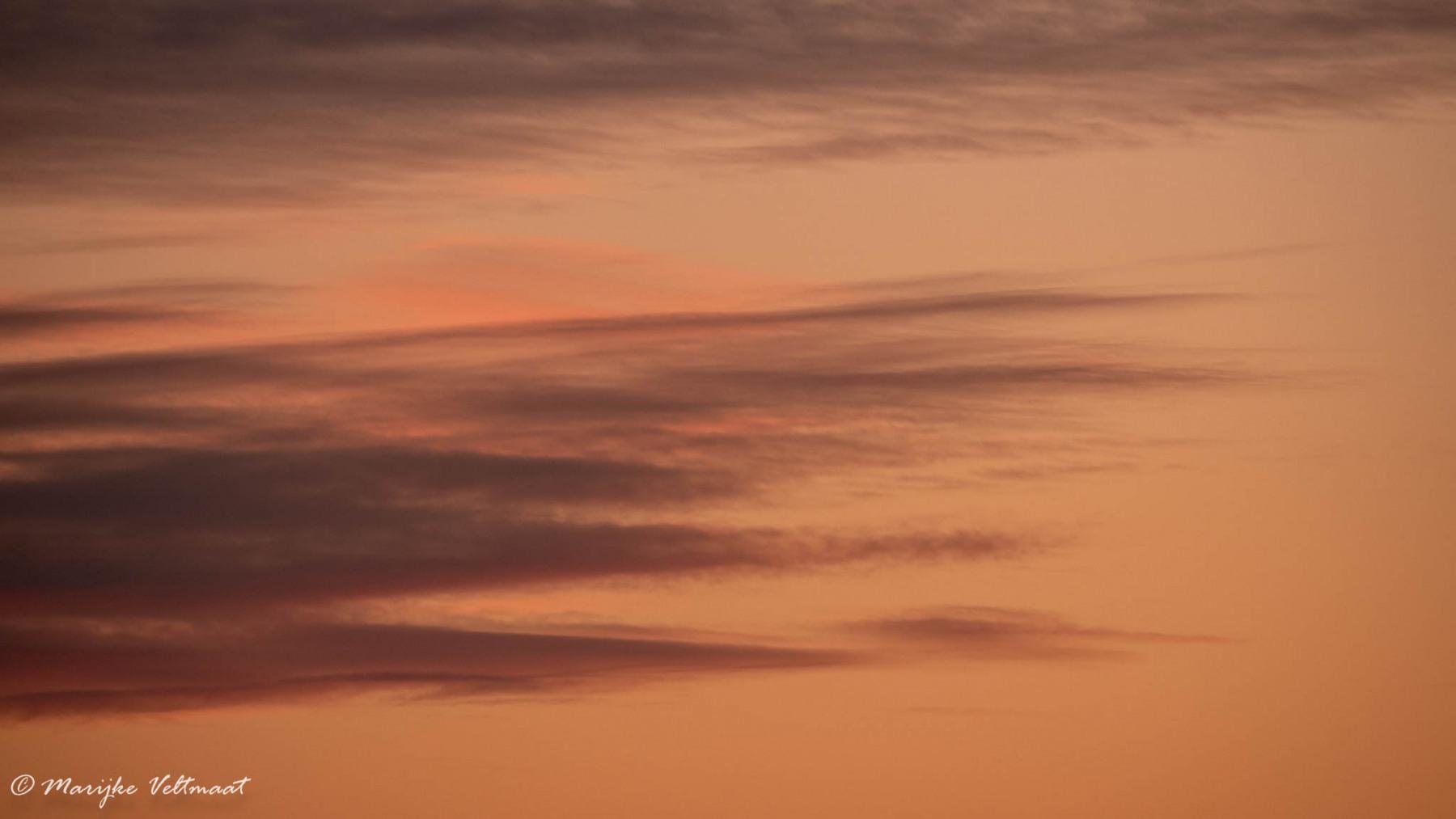 Marijke  Veltmaat - Zonsondergang - 03